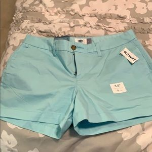 Old Navy Women's Size 6 Light Blue Chino Shorts